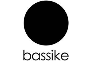 bassike(ベイシーク)