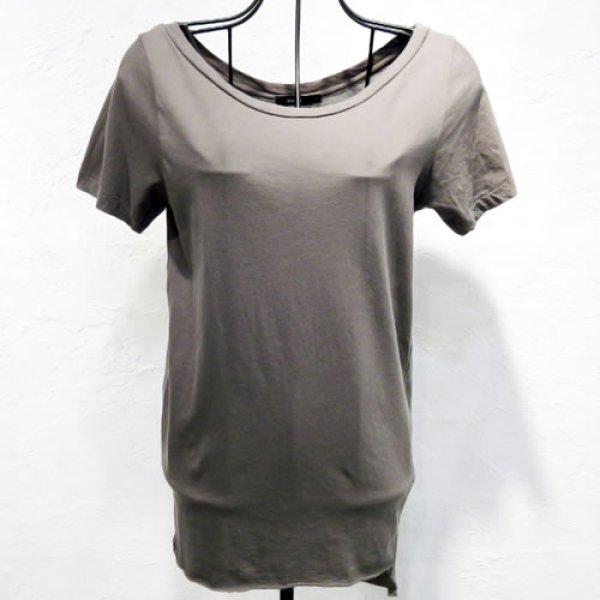 画像1: bassike - open neck t-shirt with tail [khaki] (1)